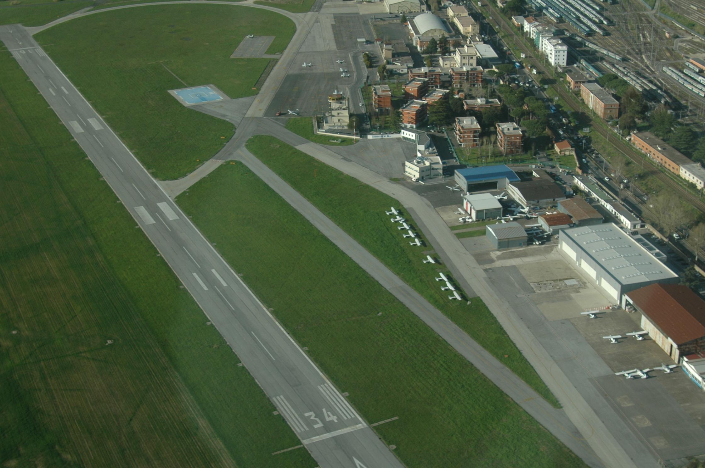 Aeroporto Urbe : Il roma drone show all aeroporto dell urbe maggio